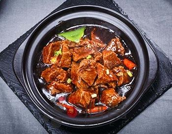 黄焖牛肉米饭
